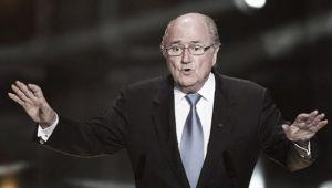 """Em meio a escândalos, Joseph Blatter afirma: """"A maioria não está aqui pela cobiça"""""""