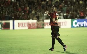 Valorizado por elogios, jovem volante Fabrício estende contrato com Sport até 2020
