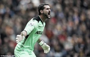 Julian Speroni extends Palace contract deal