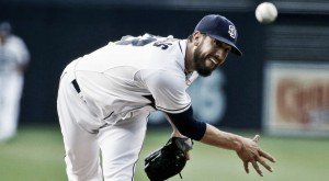 San Diego Padres agree to trade James Shields to Chicago White Sox