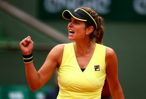 Top 10 WTA Upsets Of 2015: #9 - Goerges Overpowers Wozniacki