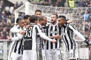 Serie A, Torino - Juventus: magico Alex Sandro! I bianconeri vincono il Derby della Mole (0-1)