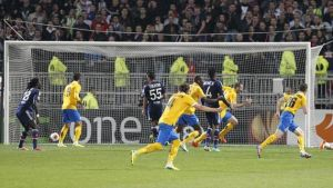 Lyon 0-1 Juventus: Bonucci gives Juve advantage