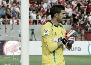 "Javi Varas: ""Gracias Sevilla FC por convertir mis palmas en guantes para defenderte"""