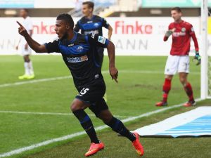 SC Paderborn 07 2-0 Hannover 96: Stoppelkamp has last laugh as Paderborn record first home win in the Bundesliga