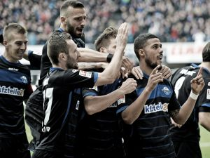 SC Paderborn 07 2-1 FC Augsburg: Croatian Lakić earns Paderborn's first win in six games