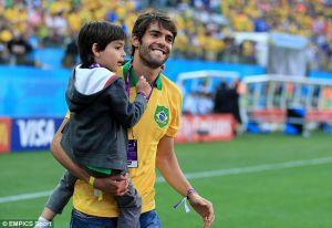 Il declino del Milan e gli stipendi di Kaká