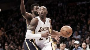 Resumen NBA: Toronto pierde en el back to back, los aficionados se impacientan con Fisher y Kobe al rescate de los Lakers