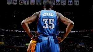 Kevin Durant signe pour des clopinettes: la dynastie Warriors est en marche