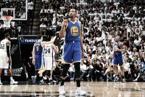 """NBA, Kevin Durant e i Warriors: """"Scelta corretta, rimarrò anche l'anno prossimo"""""""