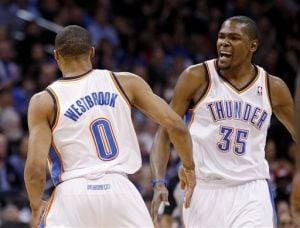 Durant y Westbrook baten a unos rocosos Grizzlies y clasifican a OKC a las semis
