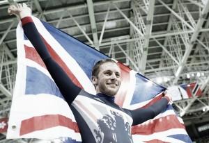 Rio 2016: Jason Kenny defends Olympic title inMen's Sprint