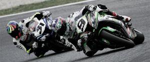 Kenny Noyes coge ventaja en la clasificación general de Superbikes