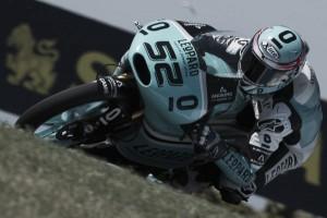 Vuelta al 2015. GP Australia Moto3: Kent se asoma al abismo