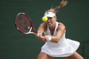 Las favoritas Halep, Kerber y Bouchard avanzan en Wimbledon