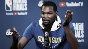 Kevin Durant renueva con Golden State Warriors