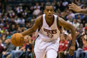 Khris Middleton Closing In On Five-Year Deal With Milwaukee Bucks