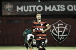 Botafogo faz nova proposta, agrada Vitória e negociação por Kieza pode ser concluída em breve