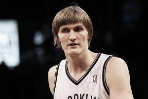 Los Sixers suspenden a Kirilenko