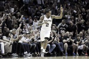 Los Spurs toman ventaja en la eliminatoria de la mano de un gran Leonard