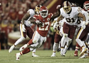 Chiefs bate Redskins em casa e é única equipe invicta na temporada