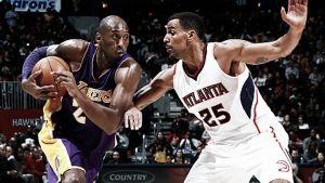 Kobe acecha a Jordan con sus 32.000 puntos