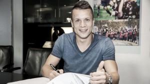 Konoplyanka es cedido al Schalke