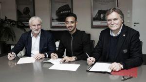 Bellarabi y el Leverkusen amplían su relación