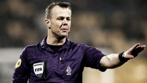 Björn Kuipers, elegido para pitar el partido Ajax - PSV