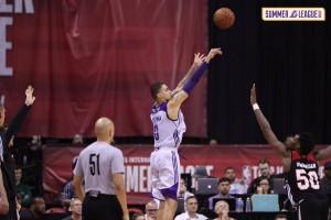 NBA Summer League, Las Vegas - Kuzma e le triple dei Lakers mandano al tappeto Portland