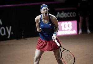 Fed Cup: Petra Kvitova breezes past Angelique Kerber in 58 minutes, seals spot in final for Czech Republic