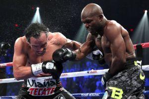 Bradley sale vencedor ante un Márquez que no pudo con él