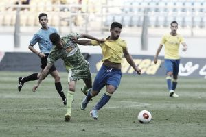 La Hoya Lorca - Cádiz CF: duelo de imbatidos en el Artés Carrasco
