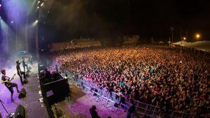 ViñaRock clausura su 20º aniversario con más de 200.000 personas