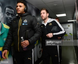 Jamaal Lascelles and Paul Dummett set to sign new five-year deals