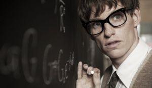 Concurso 'La teoría del todo': sorteamos tres pulseras de Talana de la mano del biopic de Stephen Hawking