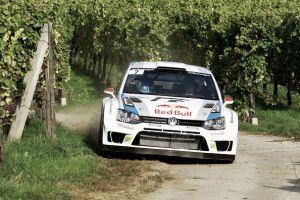 Latvala pasa al frente en un apretado Rally de Francia