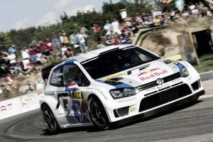 Latvala lidera el Rally de España con permiso de Sordo