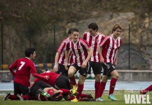 El Laudio vence y respira a costa de un desangelado Huesca