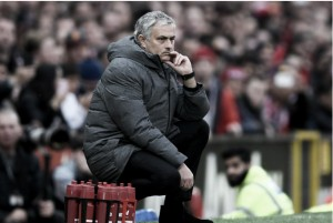 Mourinho define performance do Manchester United como 'completa' diante do Liverpool