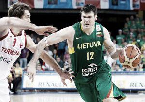 Valencia Basket ata a Ksystof Lavrinovic
