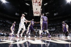NBA, Clippers in rimonta a New Orleans. Lakers k.o. a Toronto