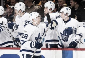 Quick start carries Toronto Maple Leafs over Pittsburgh Penguins