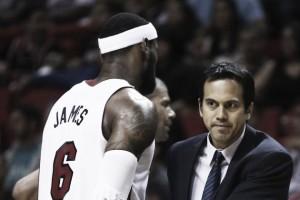 """Nba, da Miami attacco a LeBron: """"Voleva che esonerassimo Spoelstra"""""""