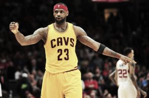 LeBron James, agente libre con matices
