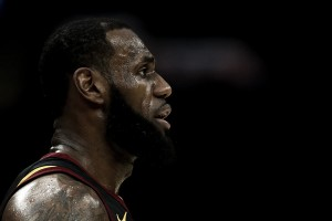 LeBron James to opt out, will become a free agent