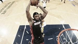 Heat soar past Pacers, go up 2-1