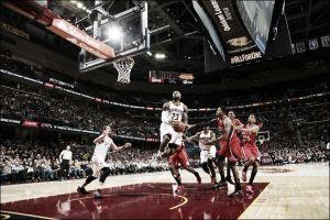 Los Cavaliers humillan 'de tres en tres' a los Hawks