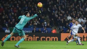 Leicester reprend sa place de leader