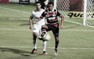 Tentando sair do Z-4, Figueirense recebe vice-lanterna Santa Cruz